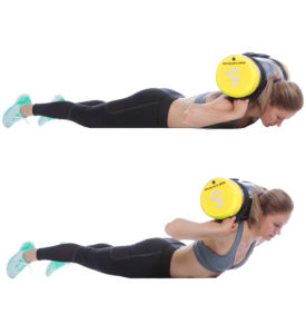 Sandsack Training Oberkörper anheben