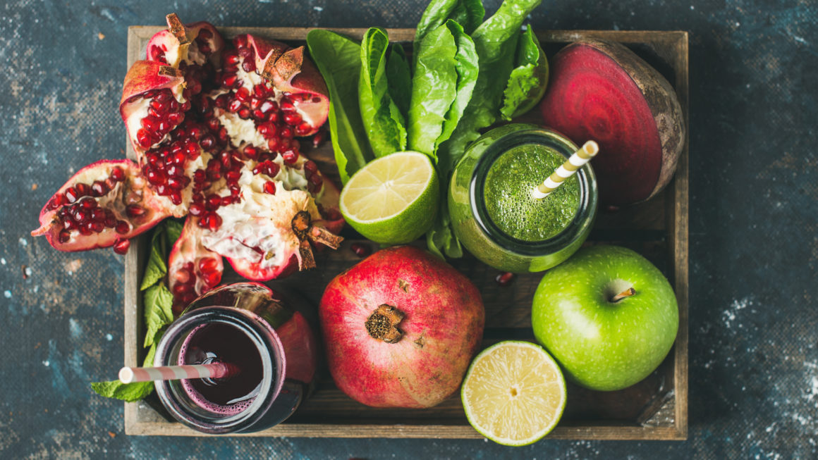 Apfel-Spinat-Smoothie + Granatapfel-rote-Beete-Saft